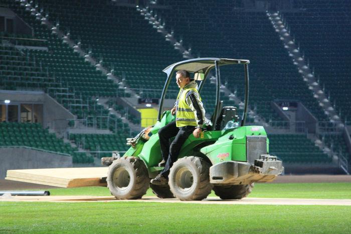 Firma Ogród Skwierzyna jest generalnym wykonawcą trawiastej nawierzchni stadionu Śląsk Wrocław 2011